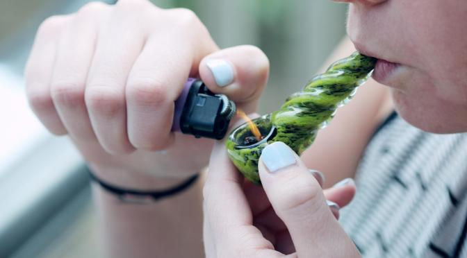 DANGEROUS SIDE EFFECTS OF SMOKING MARIGUANA